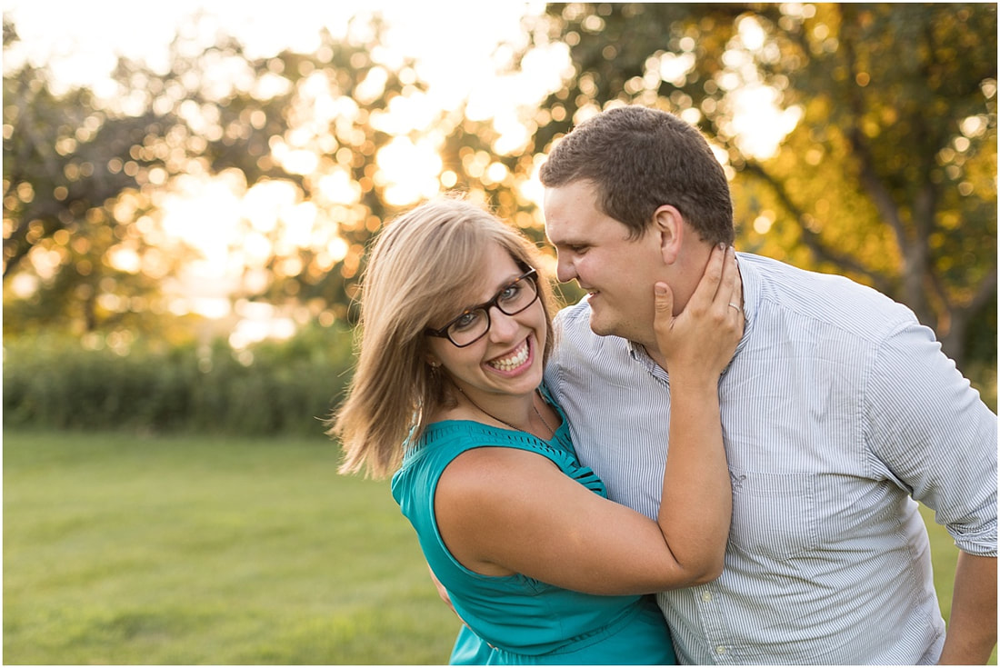 husband and wife photographer team in twin cities