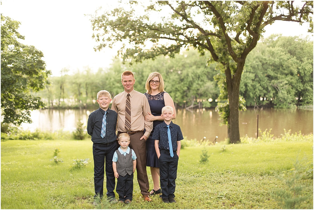 family portrait photographer in cottage grove
